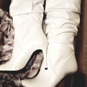 Jessica Simpson Lindy pointed-toe fashionboot 8.5
